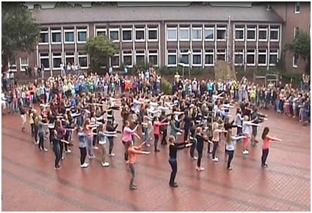 Flashmob am AMG